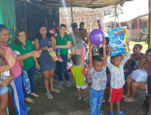 Donación de Regalos a Mujeres Etnias por la Paz – Timba- Cauca